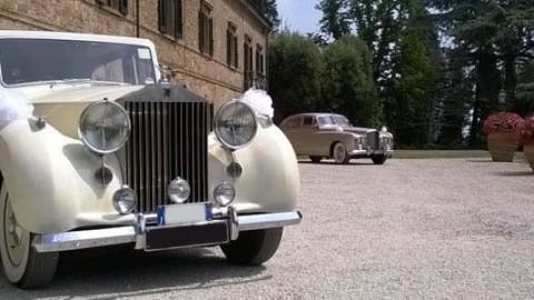 Noleggio auto per matrimonio13